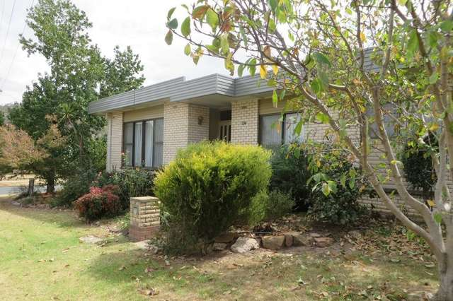 29 Banks, Kooringal NSW 2650