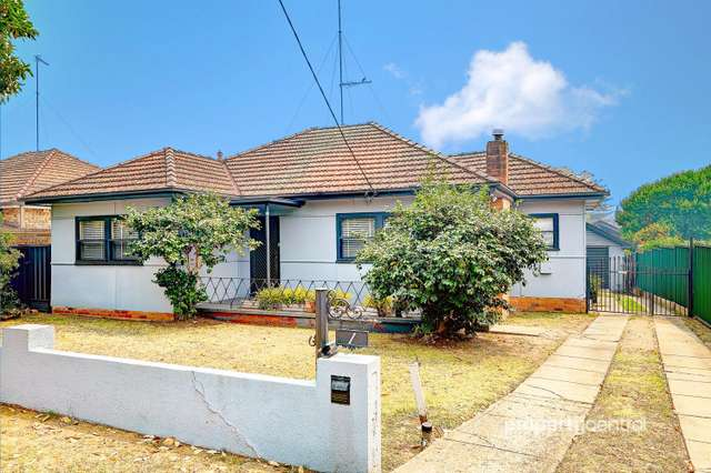 1 Hornseywood Avenue, Penrith NSW 2750