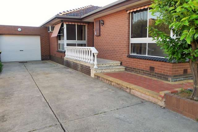 65 Montpellier Drive, Avondale Heights VIC 3034