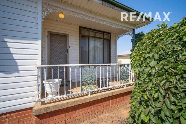 90 Bolger Avenue, Mount Austin NSW 2650