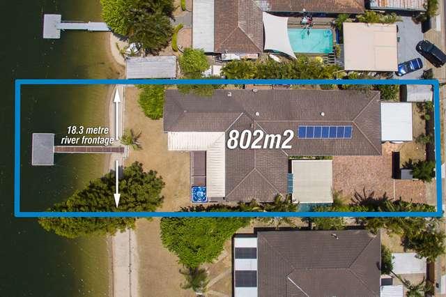 17 Bermuda Street, Broadbeach Waters QLD 4218