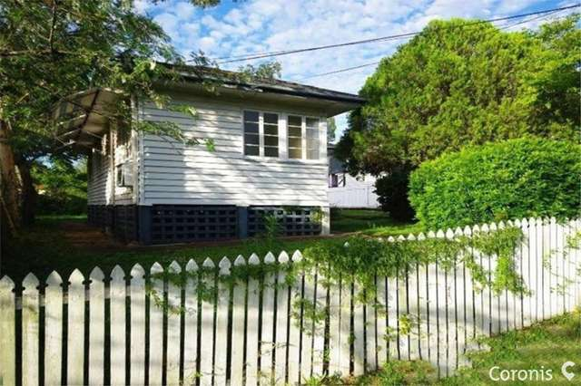 69 Hunter St, Greenslopes QLD 4120