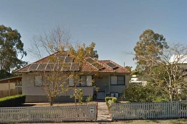 14 Tandoor Drive, Petrie QLD 4502