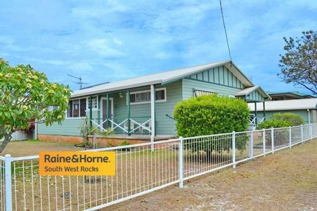 6 Mitchell Street, South West Rocks NSW 2431
