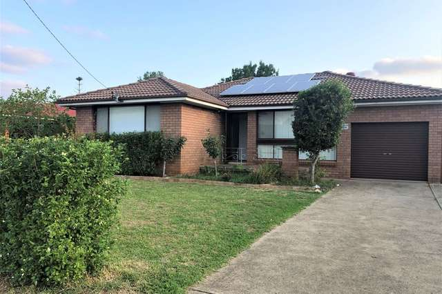 25 First Avenue, Macquarie Fields NSW 2564