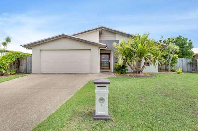 7 Schooner Avenue, Bucasia QLD 4750