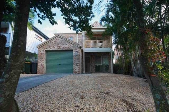 145 Macrossan Avenue, Norman Park QLD 4170