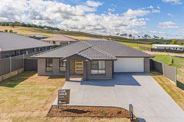 30 Cookes Road, Armidale NSW 2350