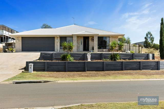 27 Phipps Drive, Meringandan West QLD 4352
