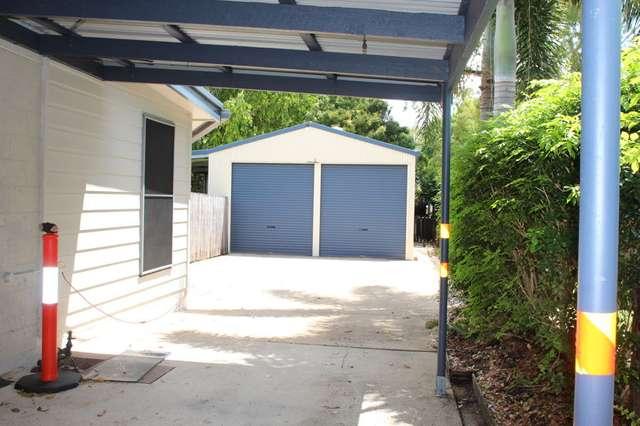 11 Searle Street, Bucasia QLD 4750