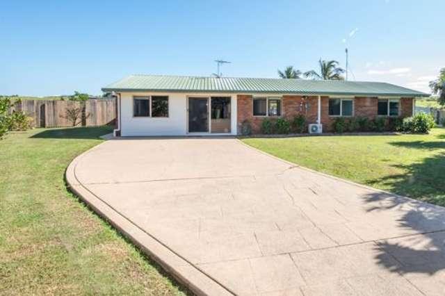 5 Thomas Mitchell Court, Rural View QLD 4740