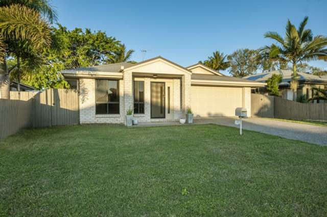 32 Schooner Avenue, Bucasia QLD 4750
