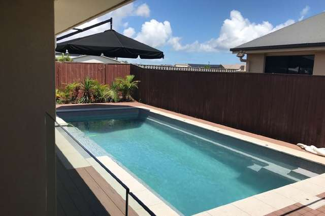 8 Coogee Terrace, Blacks Beach QLD 4740