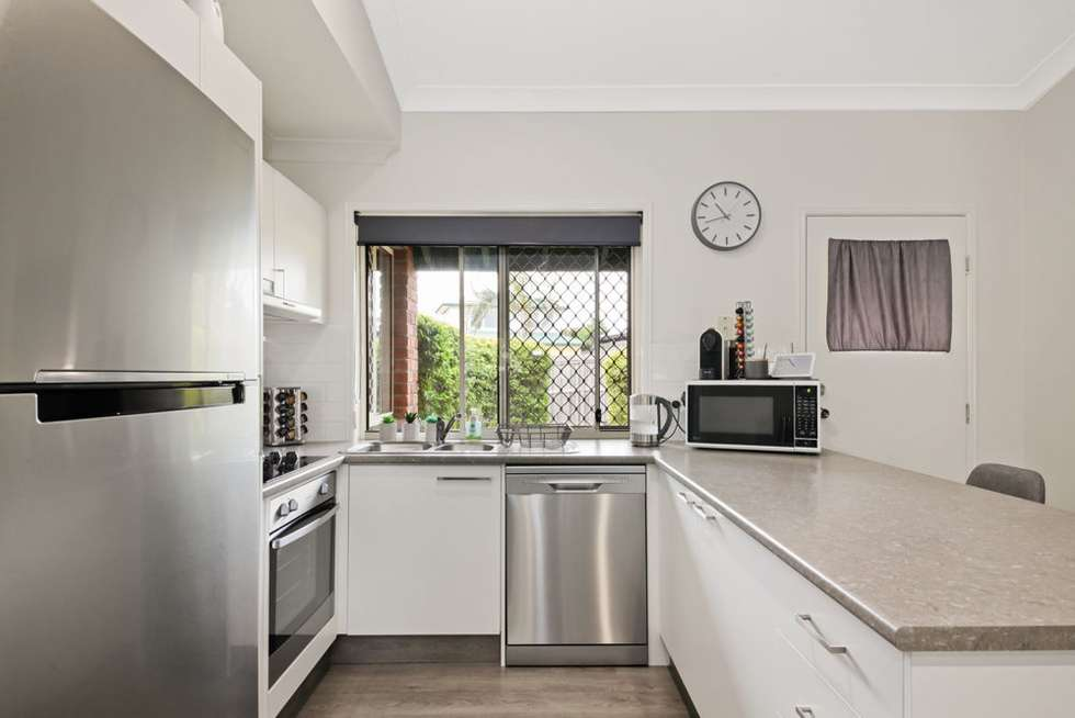 Second view of Homely house listing, 2 Cinear Court, Regents Park QLD 4118