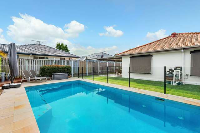 35 Ross Place, Wakerley QLD 4154