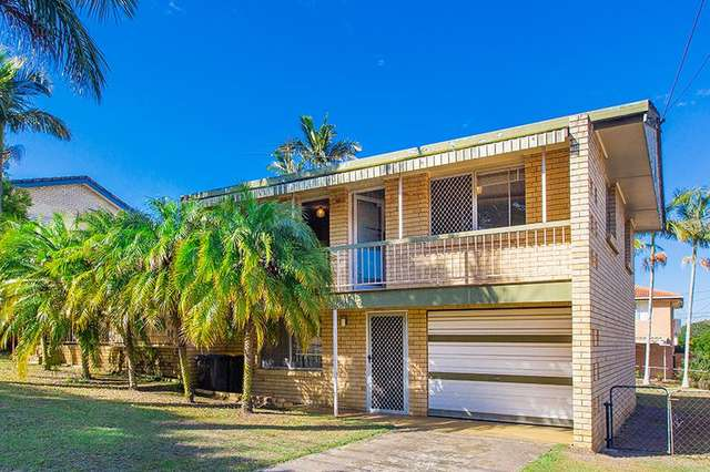 Master room/21 Longridge St, Macgregor QLD 4109
