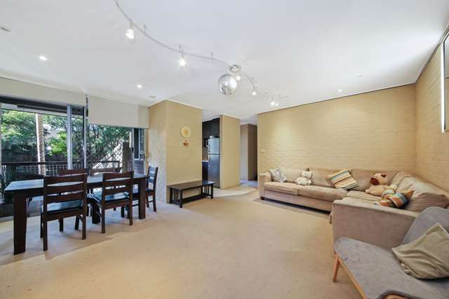 10/124 Sir Fred Schonell Drive, St Lucia QLD 4067