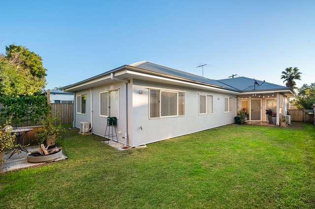 7 Welsby Street, Rothwell QLD 4022