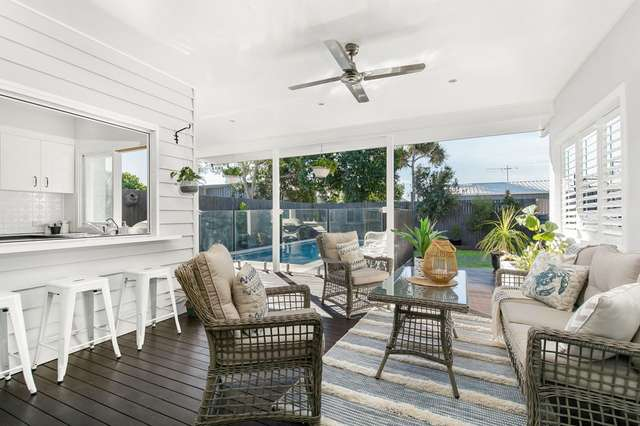 15 Carnation Road, Manly West QLD 4179