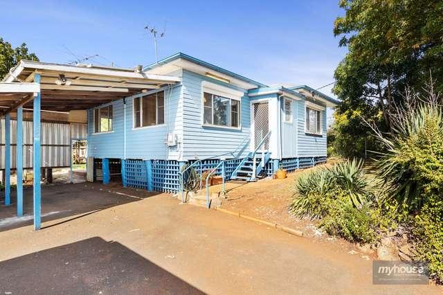 16 Holberton Street, Rockville QLD 4350