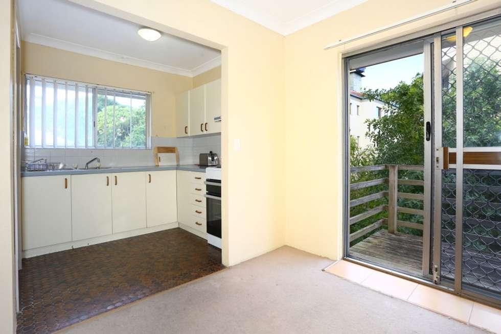 Fourth view of Homely unit listing, 3/44 Chelsea Avenue, Broadbeach QLD 4218