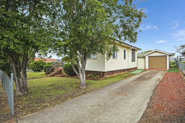 2 Farquharson Street, Harristown QLD 4350