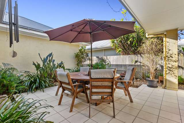 5 Irving Place, Sippy Downs QLD 4556