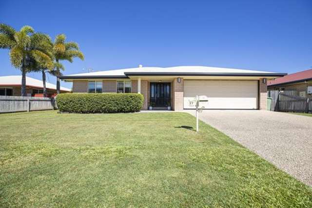 27 Clements Street, South Mackay QLD 4740