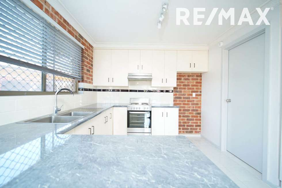 Second view of Homely house listing, 4/14 Wewak Street, Ashmont NSW 2650