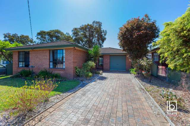 12 Sixth Avenue, Toukley NSW 2263