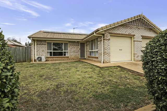 1/28 Williamson Lane, Wilsonton QLD 4350
