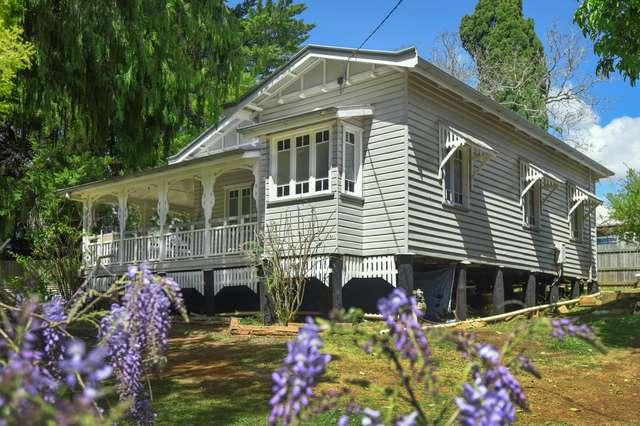 62 Hogg Street, Rockville QLD 4350