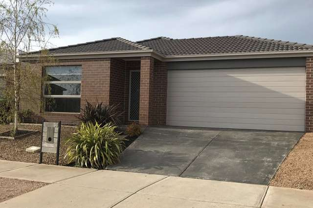 14 Universal Court, Diggers Rest VIC 3427