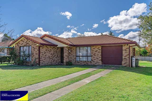 26 Evangelene Crescent, Armidale NSW 2350