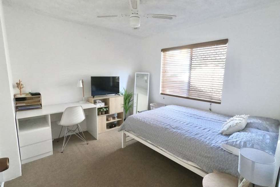 Fifth view of Homely unit listing, 1/44 Chelsea Ave, Broadbeach QLD 4218