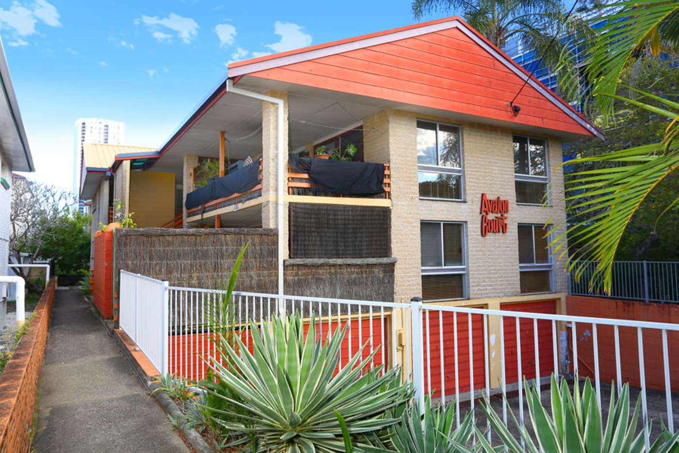 Main view of Homely unit listing, 2/44 Chelsea Ave, Broadbeach QLD 4218