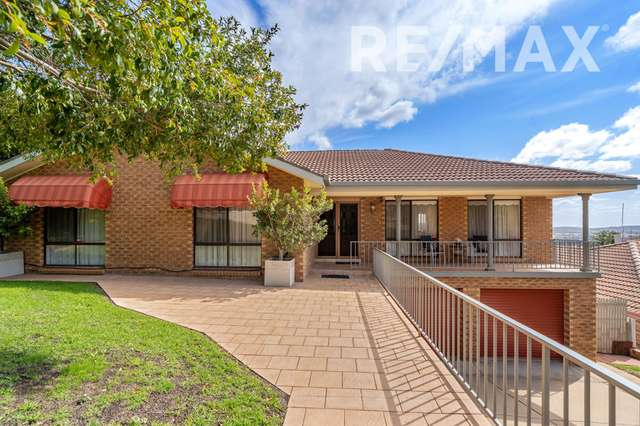 34 McCoullough Drive, Tolland NSW 2650