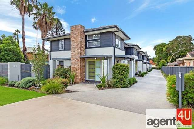 4/12 First Street, Kingswood NSW 2747