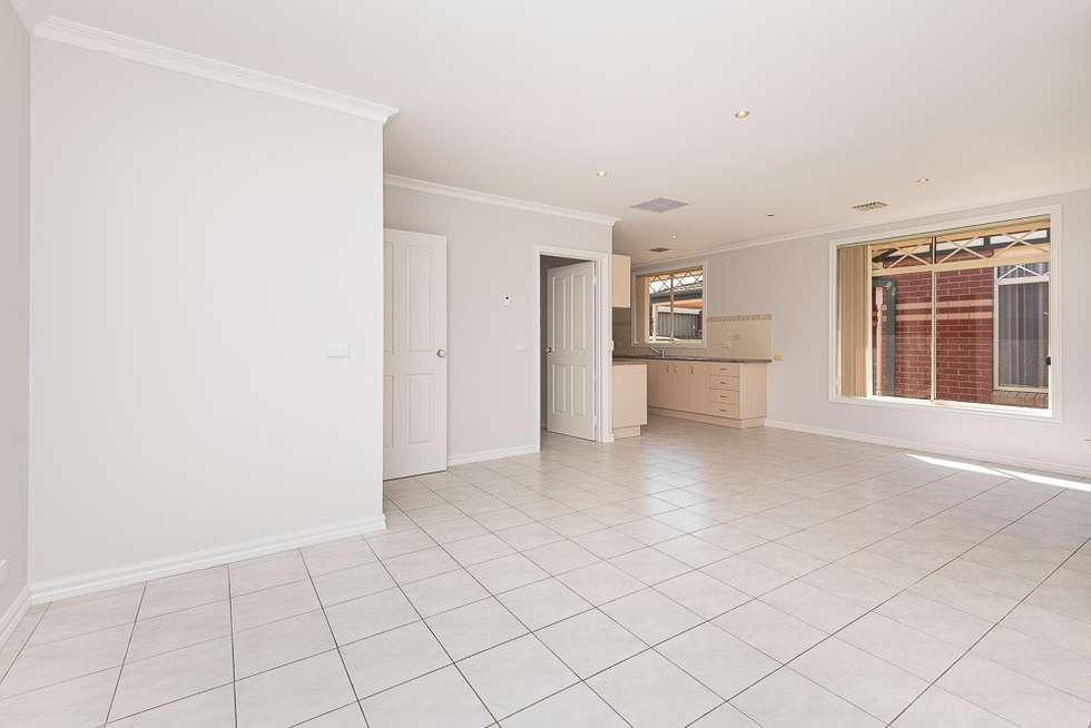 Third view of Homely unit listing, 2/40 Woodland Street, Strathmore VIC 3041