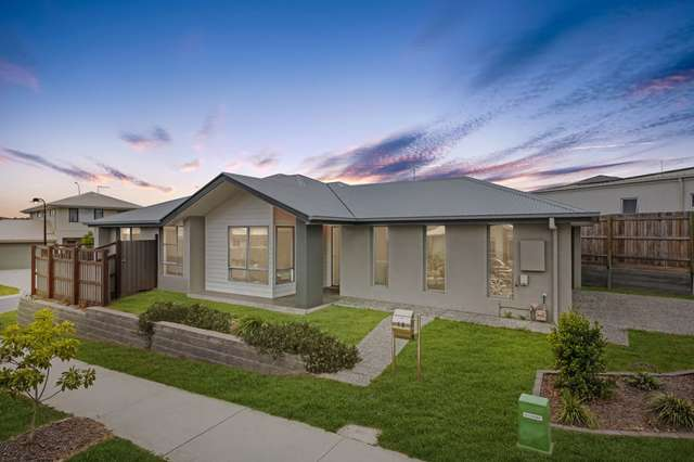 10 William Bay Court, South Ripley QLD 4306