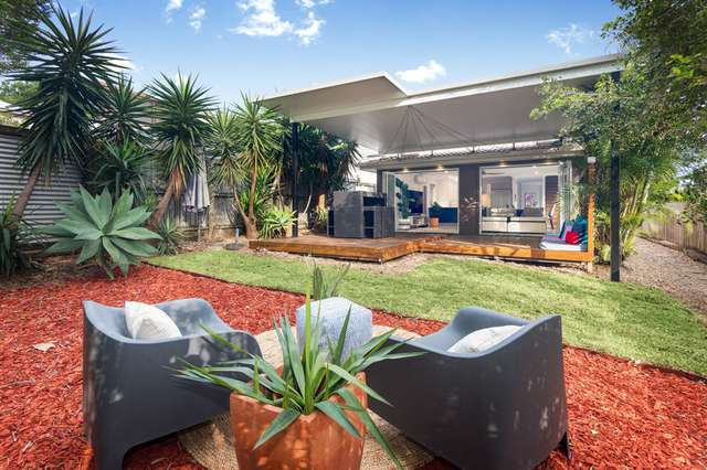 72 Holland Road, Holland Park QLD 4121