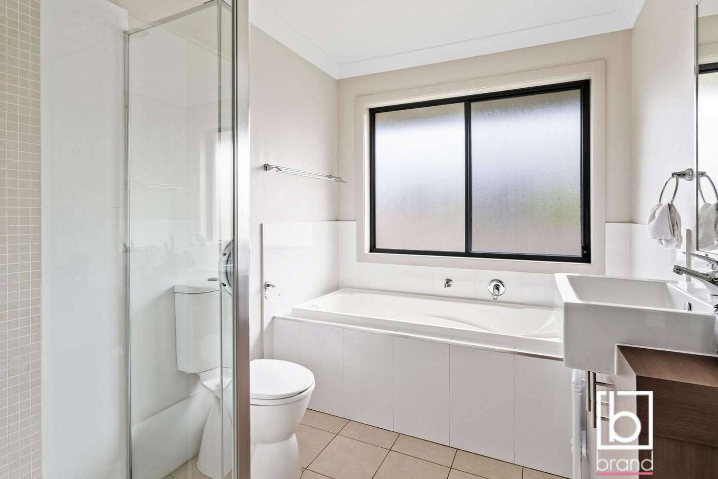 Fifth view of Homely house listing, 2 Yellow Rose Terrace, Hamlyn Terrace NSW 2259