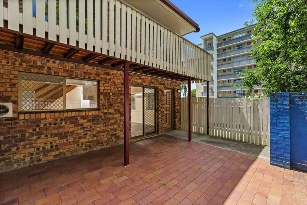 Second view of Homely unit listing, 3/14 Armadale Street, St Lucia QLD 4067