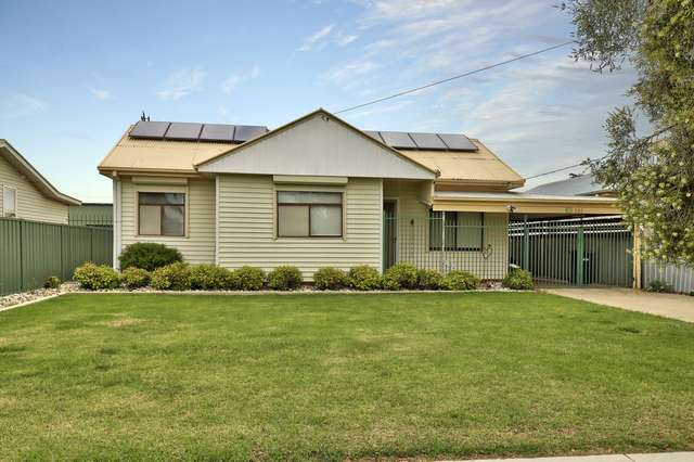292 Sloane Street, Deniliquin NSW 2710
