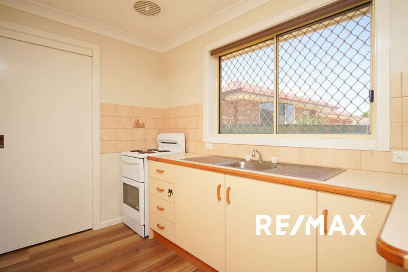 Sixth view of Homely house listing, 8/95 Balleroo Crescent, Glenfield Park NSW 2650