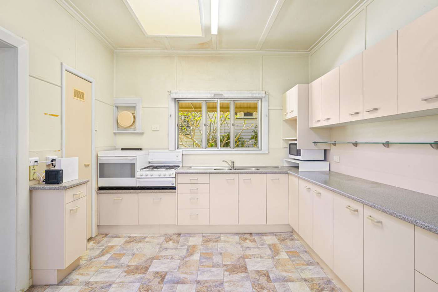 Sixth view of Homely house listing, 12 Gibson Crescent, Holland Park QLD 4121