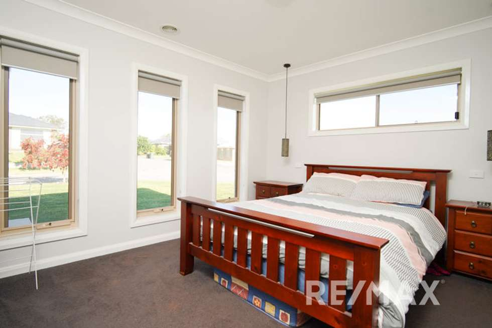 Fifth view of Homely house listing, 1 Mulberrygong Court, Gobbagombalin NSW 2650