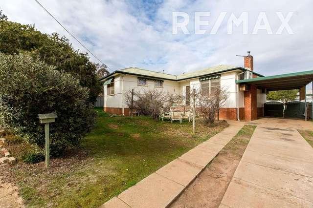 4 Margaret Avenue, Mount Austin NSW 2650