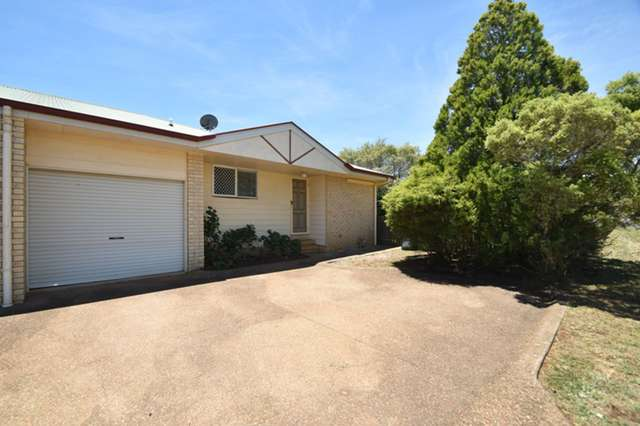 2/5 Beer Court, Kearneys Spring QLD 4350