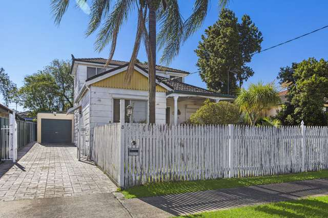 8 Lowe Street, Merrylands NSW 2160